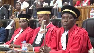 PEREZIDA WA REPUBULIKA ARAHIZA ABAYOBOZI BAKURU