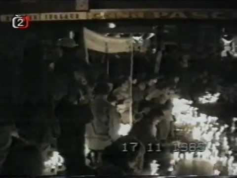 Praha 17.11.1989 - Sametová revoluce 1989 začíná