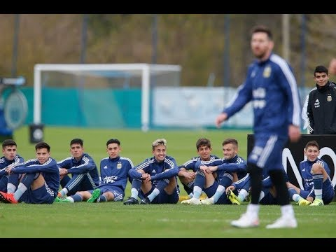 Argentina U17 Players Lining Up To Get A Photo With Lionel Messi . INCREDIBLE