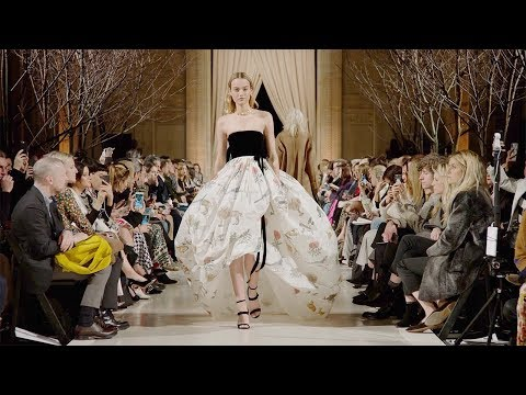 Oscar de La Renta | Fall Winter 2018/2019 Full Fashion Show | Exclusive