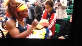 Awesome Serena Williams fan reaction