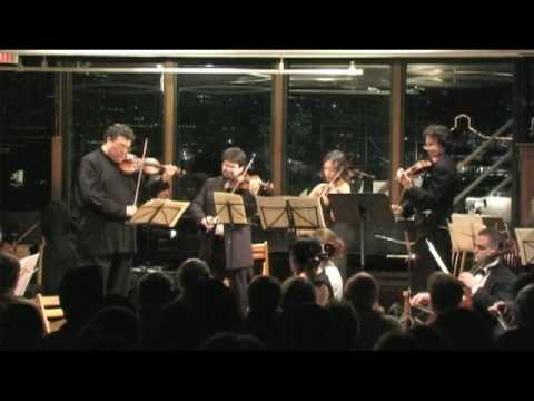 Gregory Singer conducts the Manhattan Symphonie at Bargemusic