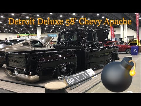 Detroit Deluxe 58' Chevy Apache Stepside Pickup