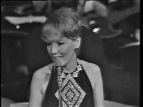 Petula Clark -  C'est Ma Chanson - Live In France, 1967