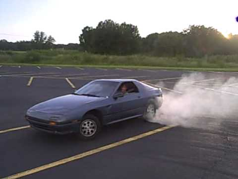 87 Mazda Rx7 Special Edition- Parking Lot Fun - YouTube