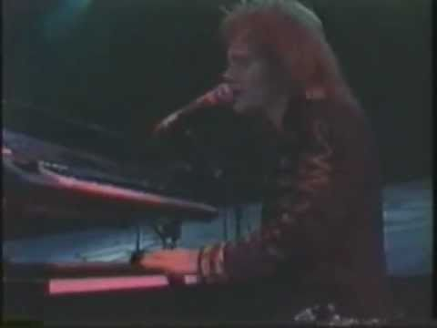 Bon Jovi - Born To Be My Baby - Live In Tokyo 1988