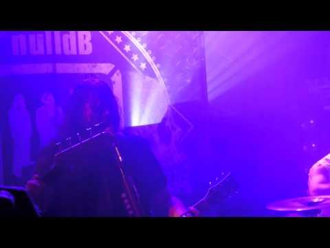 nulldB - Im Auge des Sturms (live Trabendo Paris 21/05/14)