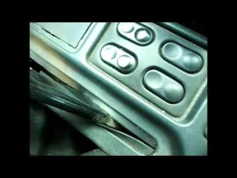 видео: Стеклоподъёмники без зажигания. Включение стеклоподъёмников без зажигания.
