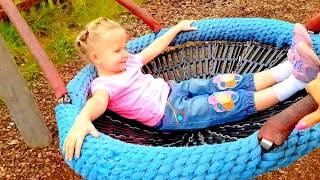 Куклы & Эльвира В ЛЕСУ Детский влог Деревяный дом в лесу Рум ТУРдетская площадка для детей