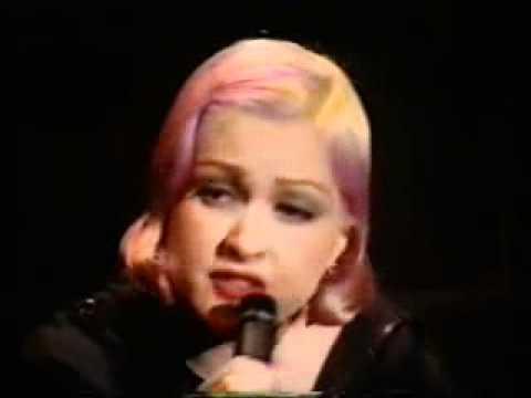 Cyndi Lauper The world is stone Live UK TV '92