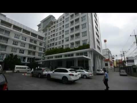 Outside Classic Kameo Hotel  Ayudthaya