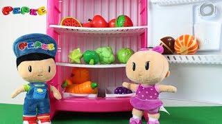 Pepee ve Bebe Sebze ve Meyveleri Renkleri Öğreniyorlar Learn Colors Fruits And Vegetables