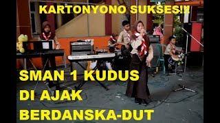 Kartonyono Mendot Janji LIVE SMAN 1 KUDUS - Cover Siswi SMP N 4 BAE KUDUS Orkes New Looh Kodook