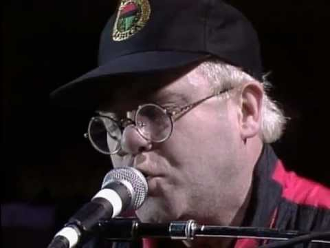 Elton John - I'm Still Standing & Candle In the Wind (Live at Farm Aid 1990)