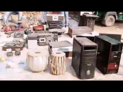 CHOR BAZAAR IN DELHI   ELECTRONICS SUNDAY MARKET   CHANDANI CHOWK OLD DELHI INDIA
