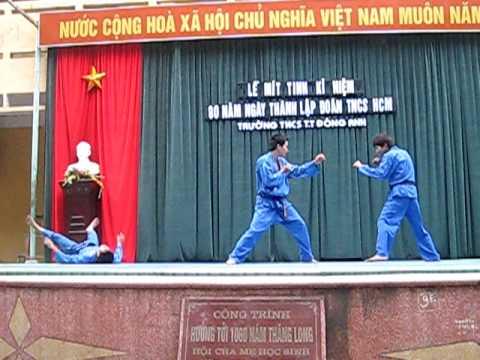 Vovinam Việt Võ Đạo Đông Anh - Đòn chân kẹp cổ