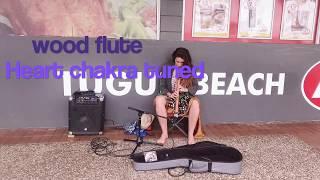Heart chakra tuned Wood flute busking