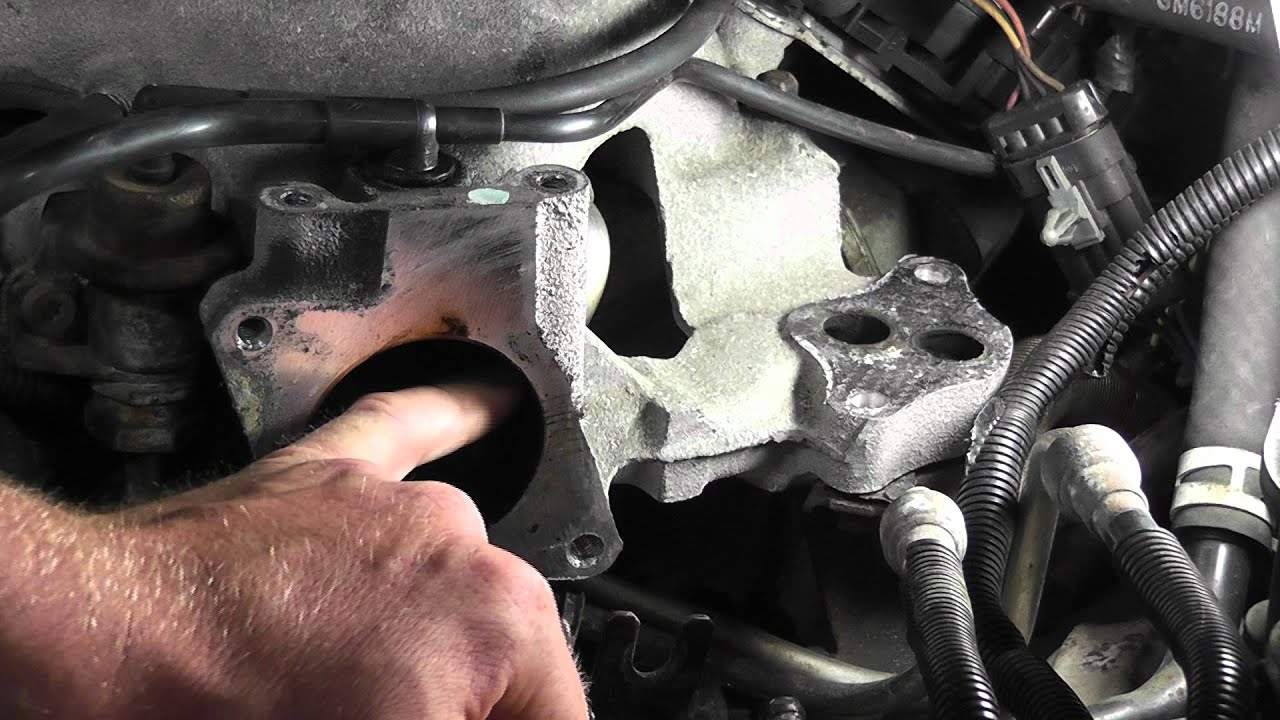 how to test for egr flow problems gm electronic egr test p0401 rh youtube com 2005 Chevrolet Equinox EGR Valve GM EGR Valve and Perch