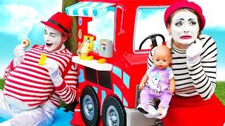 Весёлые игры одевалки - Кукла БЕБИ БОН и Мим Слишком много Вкусняшек - Прикольные видео Baby Born