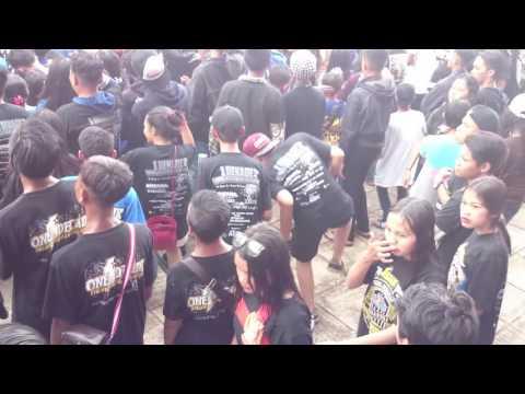 "Aku Gila Adanya & Limited Edition Di ""1 Dekade Viking Kerajaan Sukabumi"" Rastaine Peace"