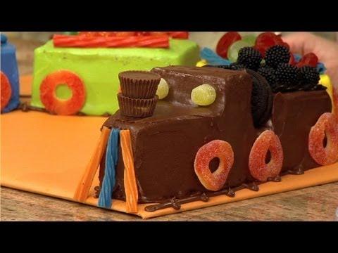 Wie Sie Einen Zug-Kuchen Zubereiten
