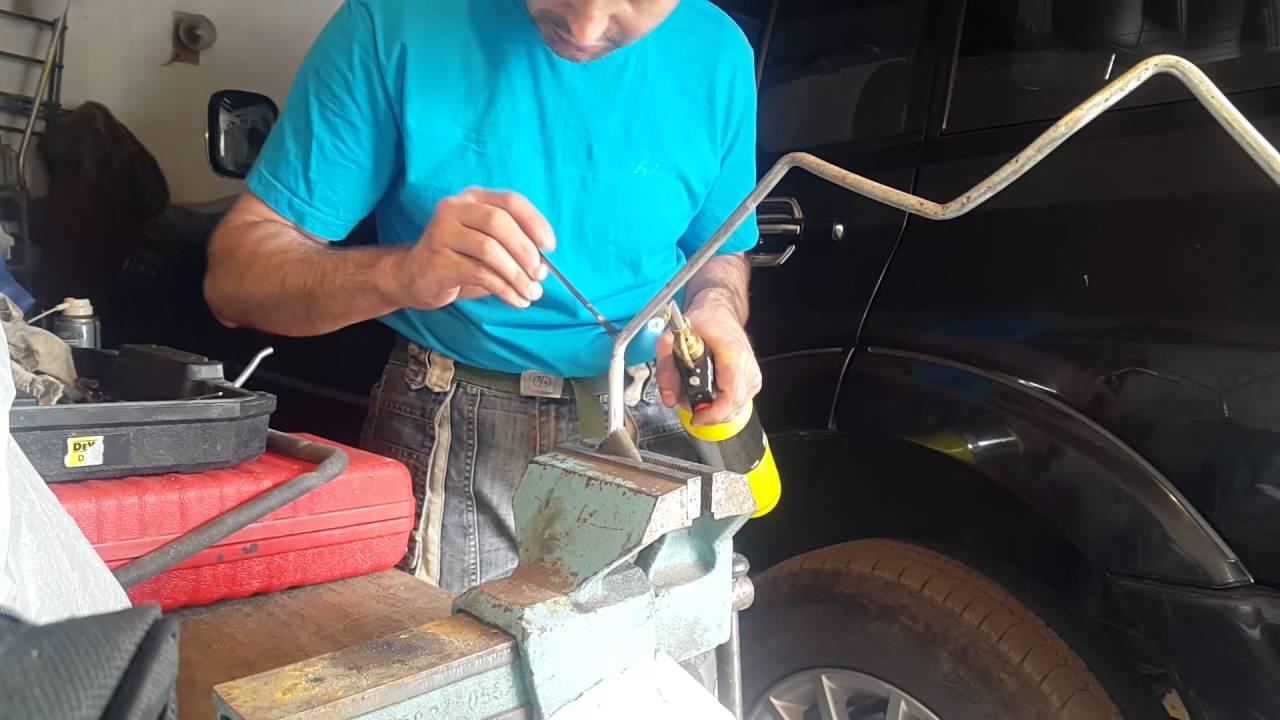 MMC Pajero III - ремонт трубок заднего отопителя и кондиционера
