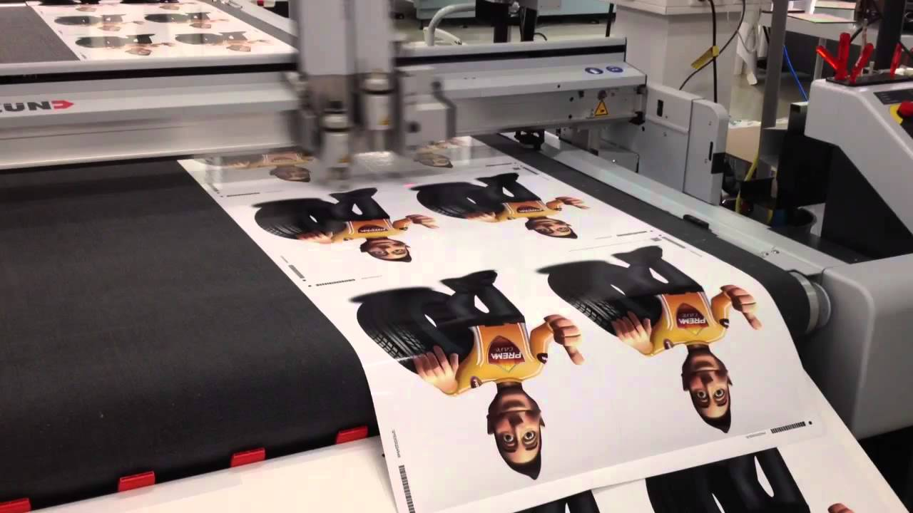 Aufkleber Drucken Schneiden Aufkleber Druckerei Nutzt Zünd Cutter G3 Für Folienverarbeitung 1