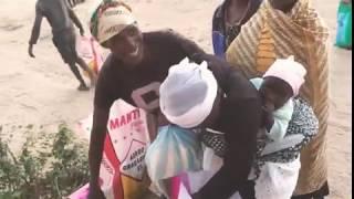 Receberam cesta básica na Aldeia nissi