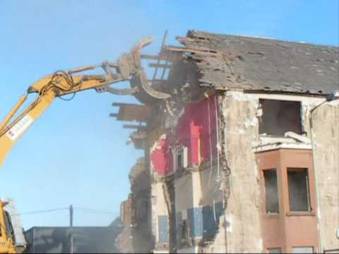 Demolition Of 9 Ainslie Place In Muirton PERTH