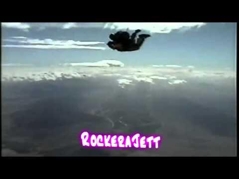 Joan Jett - Sky Dive