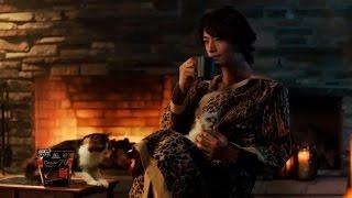 【日本CM】齋藤工穿著豹紋衣服抱著小貓喝可可性感全開