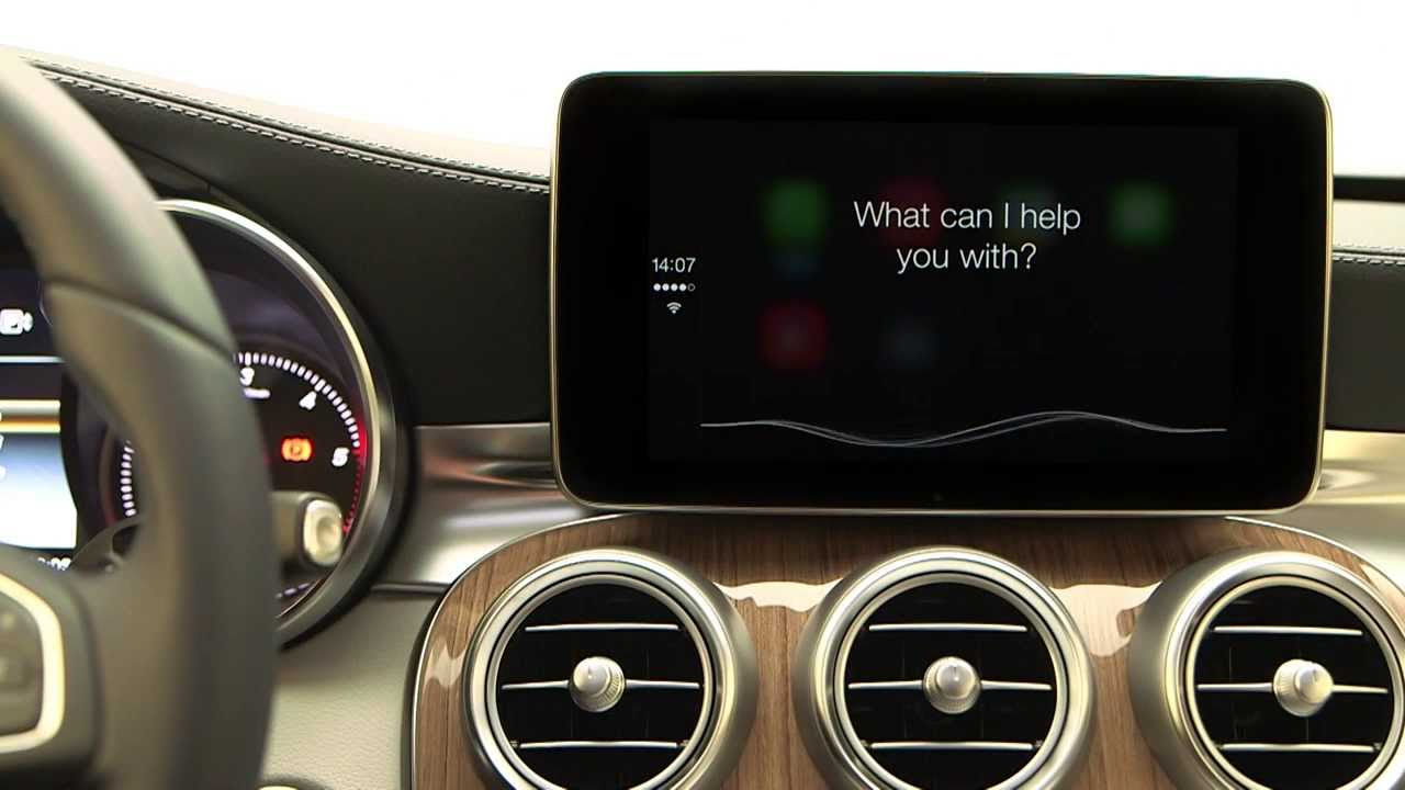 Apple CarPlay in Mercedes-Benz C-Class