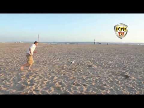 Beckham Free Kick On The Beach - Beckham's Fake