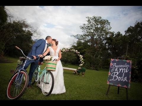 video-de-boda-campestre-andres-&-johanna-hacienda-coloma-fusagasuga