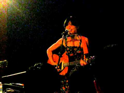 Priscilla Ahn at Hotel Cafe, Los Angeles