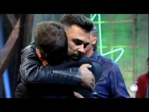 Blau Blau E Frank Trocam Abraço E Fazem As Pazes No Palco | Power Couple