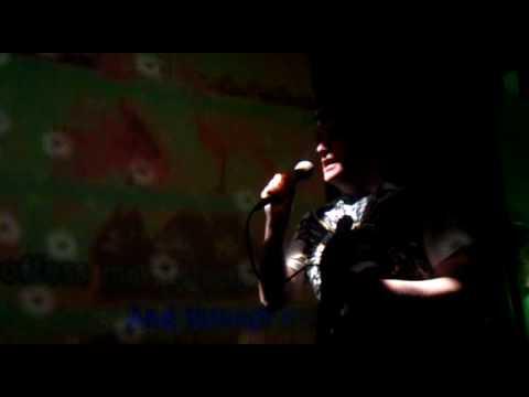 """Terry in Estonia. Karaoke song. Robbie Williams song  """"Angels""""."""