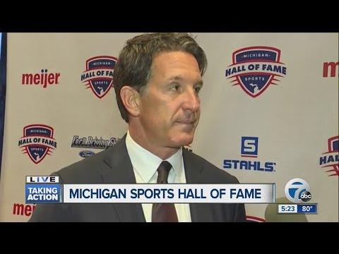 Talking with Brendan Shanahan at the Michigan Sports Hall of Fame
