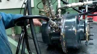essais moteur hydraulique poclain