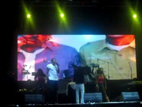 Tanto Metro And Devonte - Got News For You - Bogotá 11 de Octubre 2012