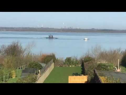 HNLMS Walrus enters the Solent - Island Echo