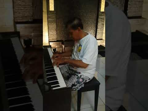 pergi untuk kembali - piano cover by my lovely dad