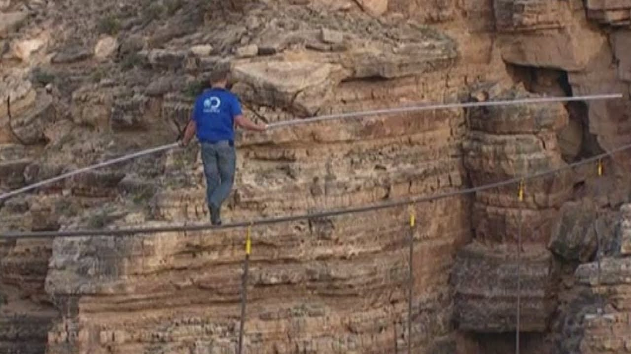 Daredevil Stunt Nik Wallenda Crosses Grand Canyon On High Wire - Nik wallendas epic blindfolded skyscraper tightrope walk