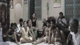 """""""Hà Tiên"""" (Lê Dinh), """"Hoa Trinh Nữ"""" (Trần Thiện Thanh) on Guitar"""