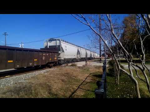 UNION PACIFIC MIXED FREIGHT. 12- 1- 2017. ATHENS, TEXAS.