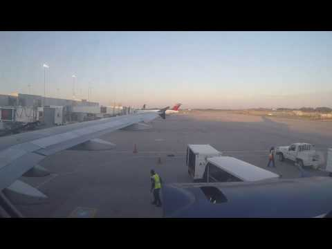 Delta Air Lines Airbus 320 Full Flight from Charlotte to Minneapolis
