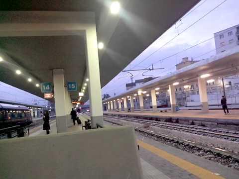Annunci alla stazione di milano porta garibaldi parte 2 - Stazione porta garibaldi mappa ...
