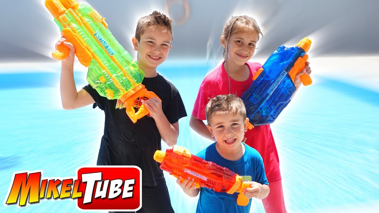 Con Pistolas De Wars Jugamos Agua Banzai Yfyb6g7