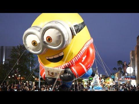 Universal Orlando Holiday Celebrations!   Grinchmas, Universal Holiday Parade & Wizarding World!