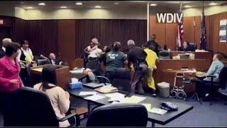 Repeat youtube video Father Attacks His 3-Year-Old Daughter's Killer in Courtroom Brawl